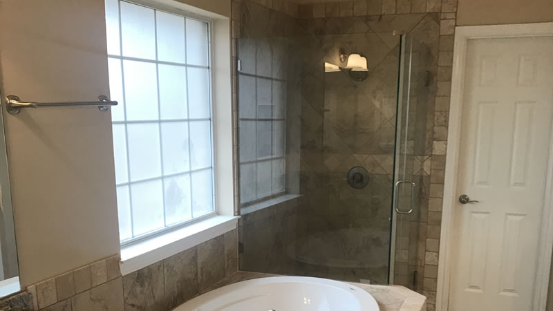 Glass Shower Enclosure Installers in Brazos Valley Texas.